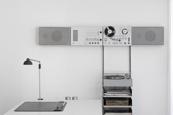 design friday let s kick out the jams with dieter rams modular 4. Black Bedroom Furniture Sets. Home Design Ideas