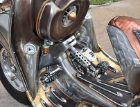 guardian-astonishing-steampunk-vespa-by-pulsar-projects-photo-gallery-medium_16