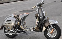 guardian-astonishing-steampunk-vespa-by-pulsar-projects-photo-gallery-medium_6