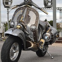 guardian-astonishing-steampunk-vespa-by-pulsar-projects-photo-gallery-medium_9