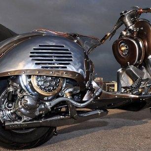guardian-astonishing-steampunk-vespa-by-pulsar-projects-photo-gallery_1