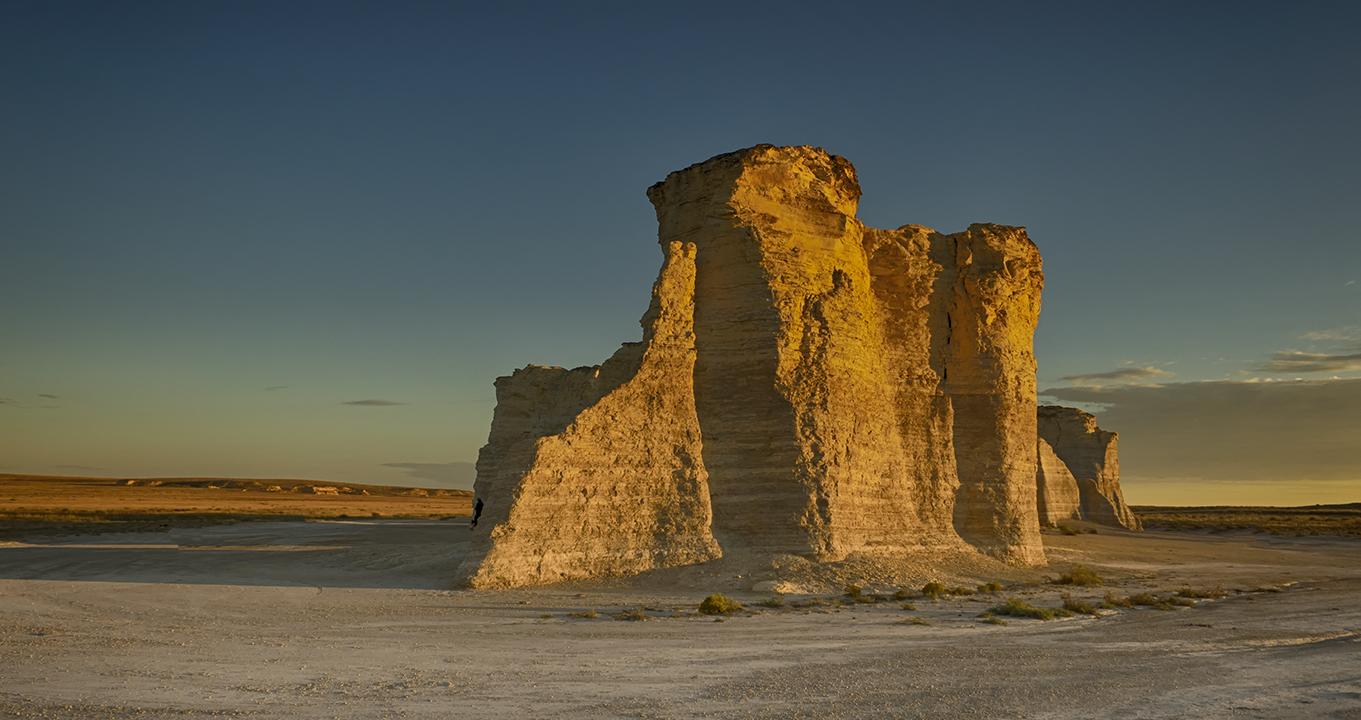 monument-rocks-1